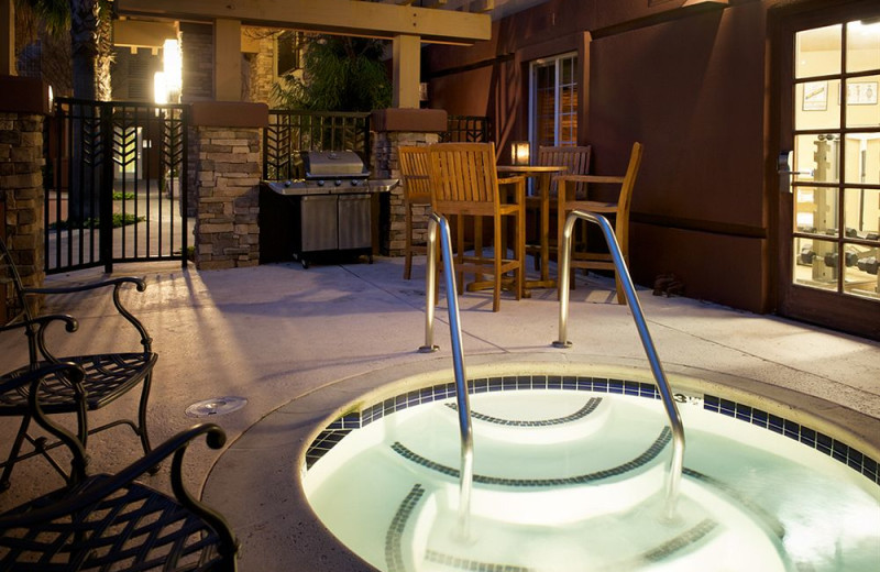 Hot tub at Larkspur Landing - Pleasanton.