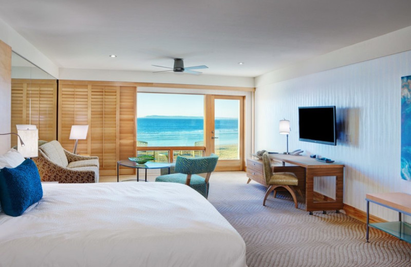 Guest room at Pier South Resort.
