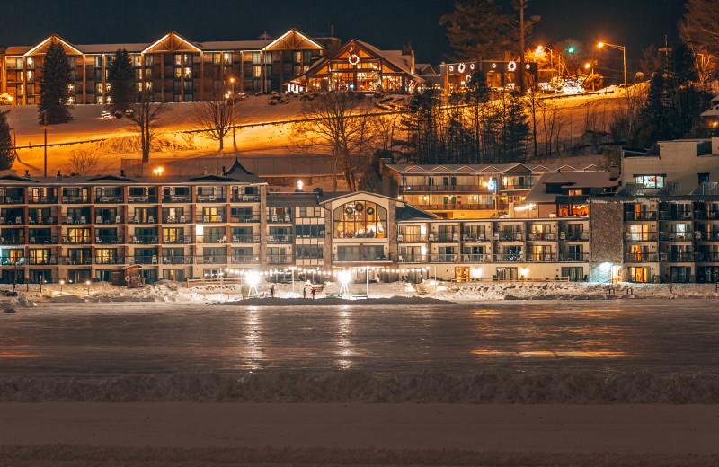 Exterior view of Golden Arrow Lakeside Resort.