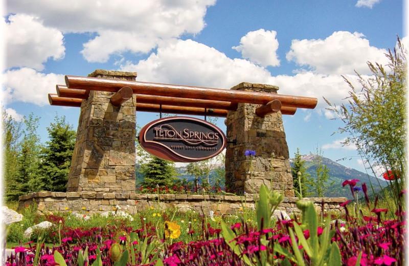 Outdoor sign at Teton Springs Lodge.