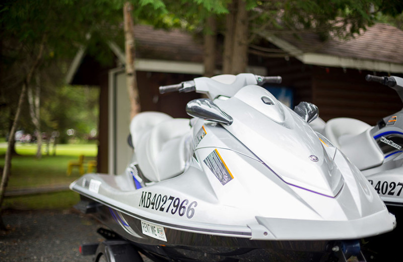 Jet ski at Tallpine Lodges.