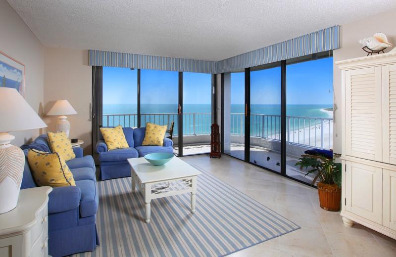 Vacation rental living room at Horizons Rentals.