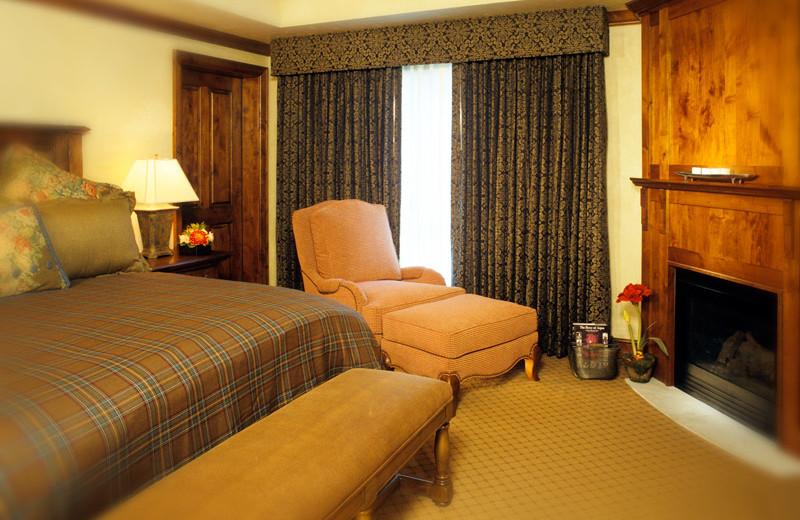Rental bedroom at Frias Properties of Aspen - Hyatt Grand Aspen.