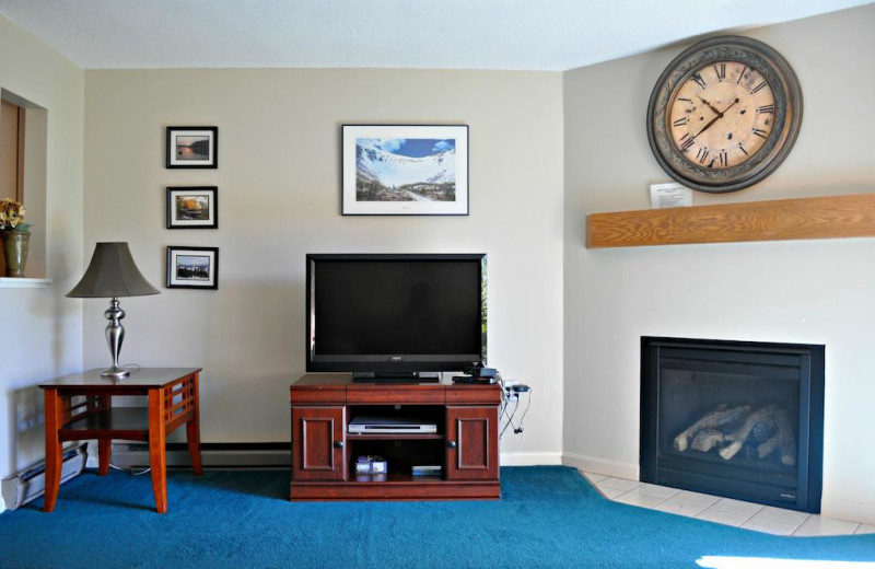 Guest living room at Nordic Village Resort.
