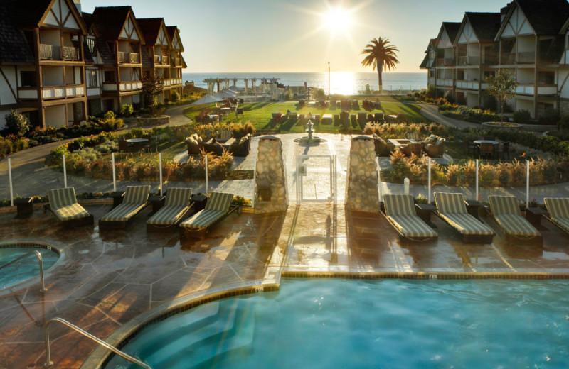 The Courtyard at the Carlsbad Inn Beach Resort