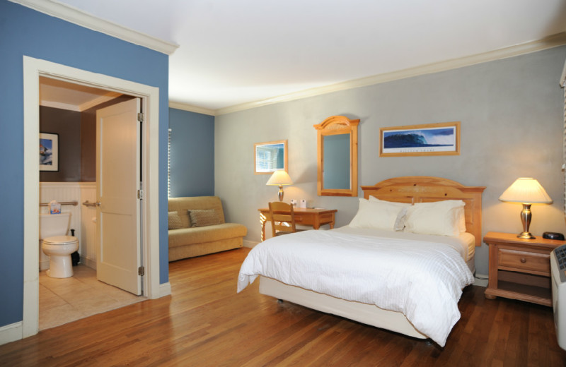 Guest room at Southampton Long Island Hotel.