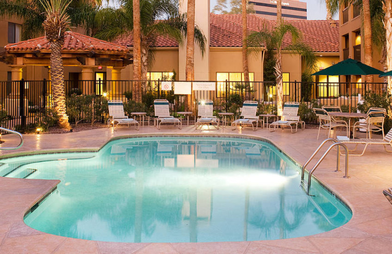 Outdoor pool at Courtyard by Marriott Tucson/Williams Centre.