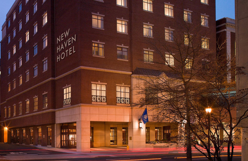 Exterior View of New Haven Hotel