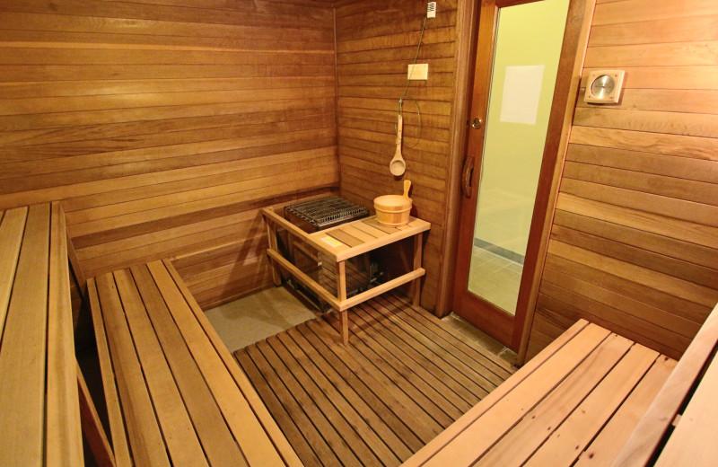 Sauna at The Lodge at Lincoln Station.