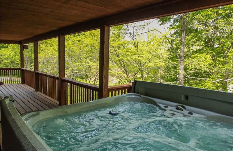 Hot tub at Dogwood.
