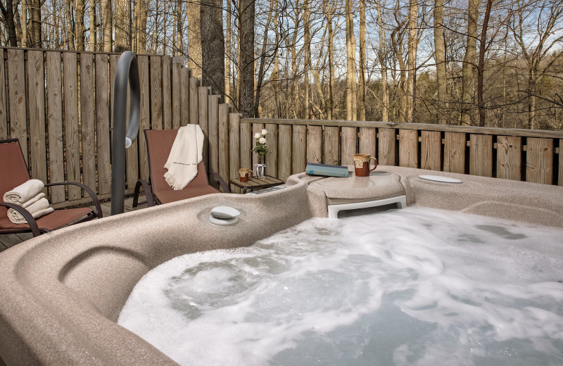 Private guest hot tub at Glenlaurel, A Scottish Inn & Cottages.