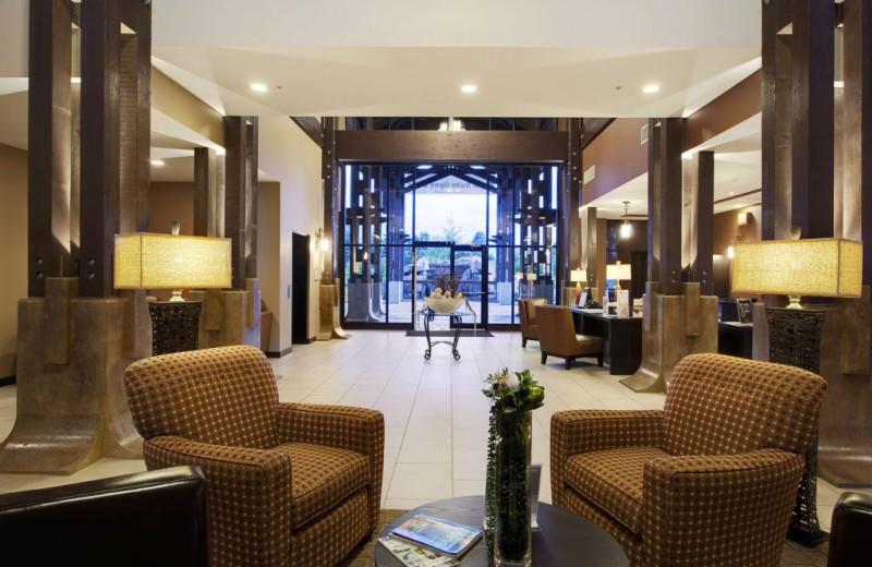 Lobby at Sunrise Ridge Waterfront Resort.