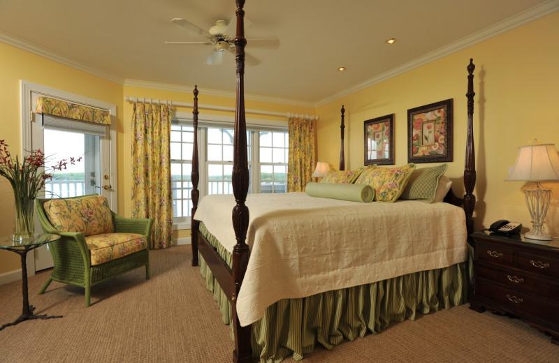 Guest bedroom at The Geneva Inn.