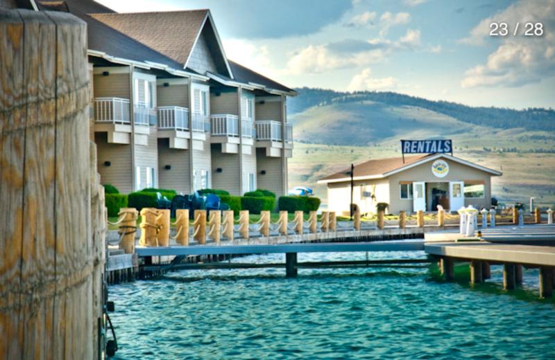 Lake View of the Best Western PLUS KwaTaqNuk Resort