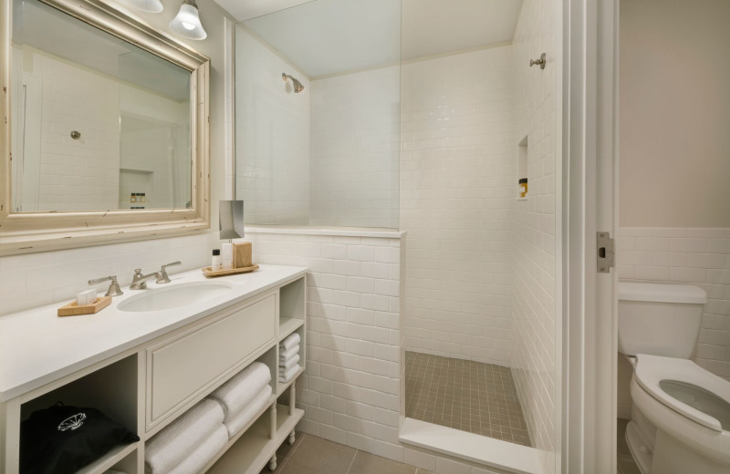 Guest bathroom at Jekyll Ocean Club.