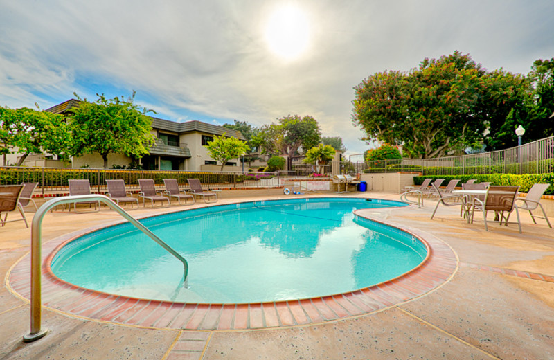 Vacation rental outdoor pool at Seabreeze Vacation Rentals, LLC.