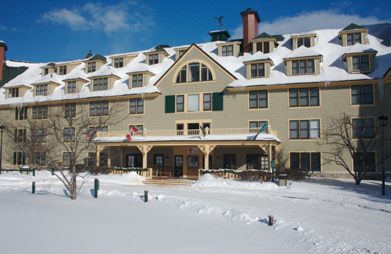 Exterior view of Golden Eagle Lodge.