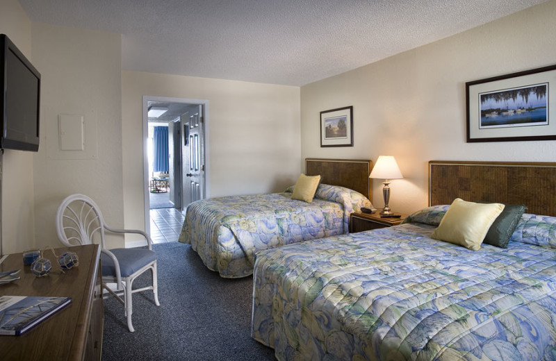 Guest room at Carolina Winds.
