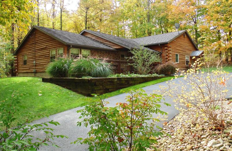 Cabin exterior at Sojourner's Lodge & Log Cabin Suites.