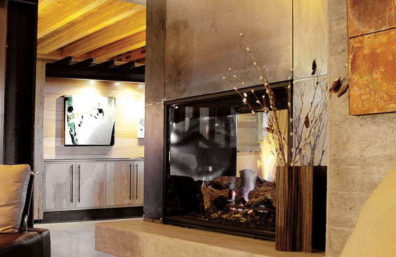 Lobby at Cedar House Sport Hotel.