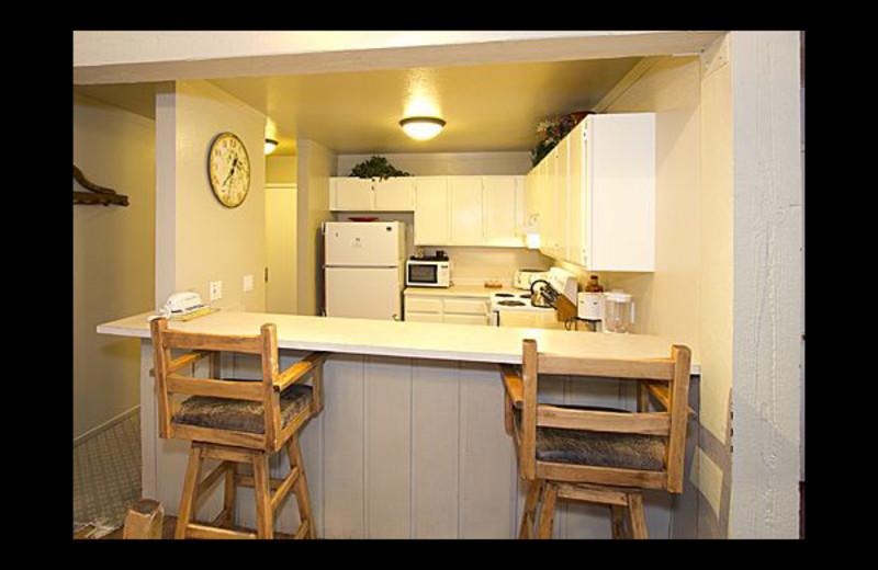 Vacation rental kitchen at JetLiving.