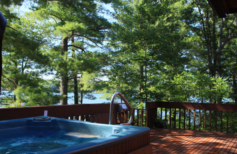 Hot tub at Westwind Inn on the Lake.
