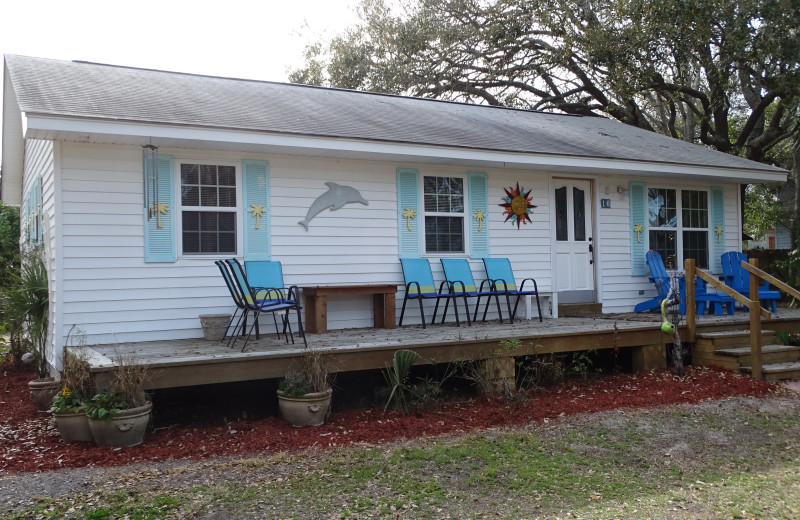Rental exterior at Tybee Time Vacation Rentals.