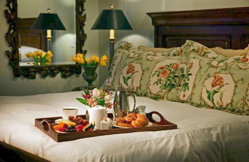 Guest bed at Mountain View Grand Resort.