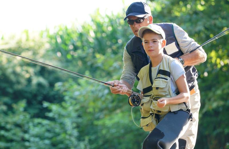 Family fishing at Idyllwild Vacation Cabins.
