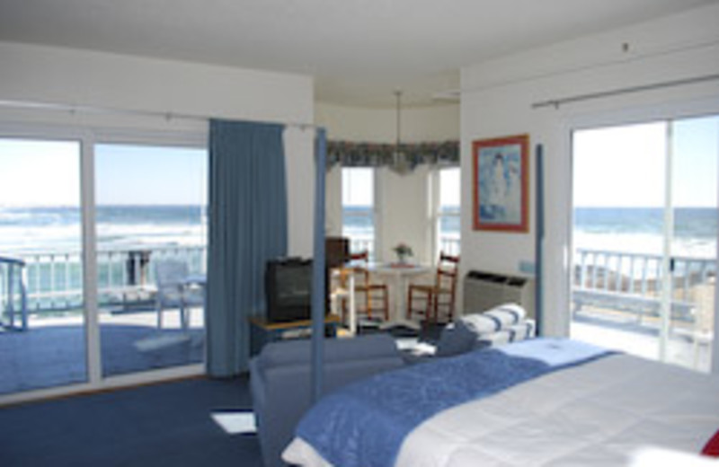 King Suite at Beachmere Inn