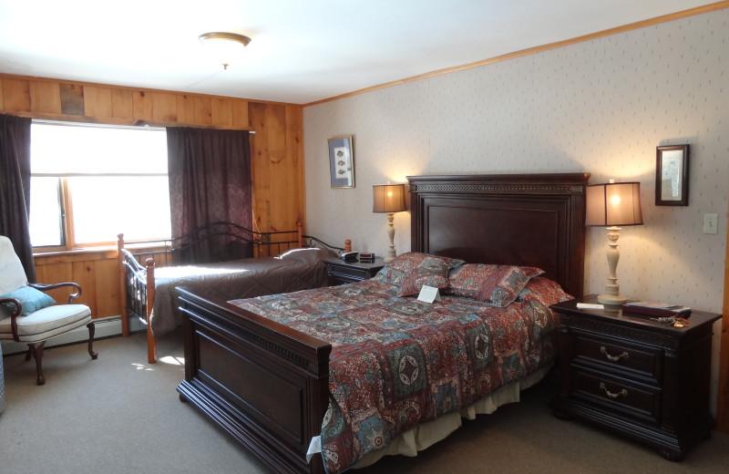 Guest room at Garnet Hill Lodge.