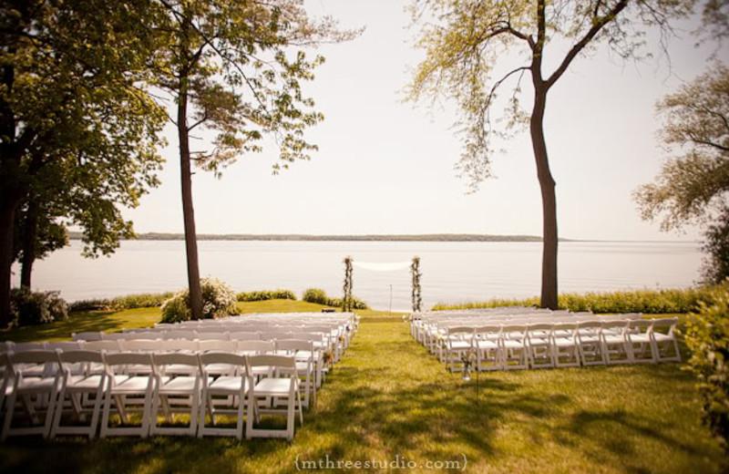 Wedding ceremony at Heidel House Resort.