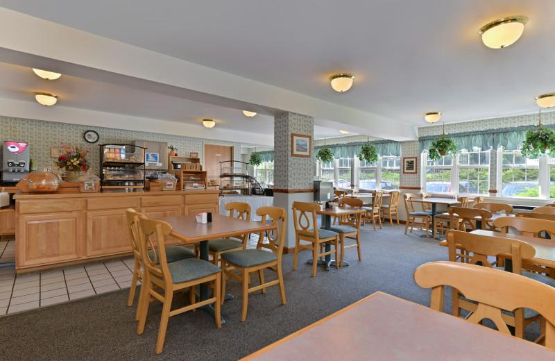 Dining area at Acadia Inn.
