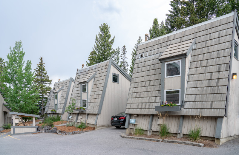 Cabins at Tunnel Mountain Resort