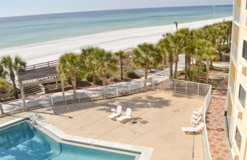 Exterior Swimming Pool at Boardwalk Beach Resort Hotel & Convention Center