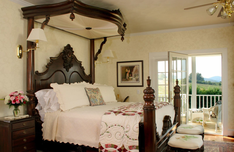 Cottage suite at Brierley Hill Bed and Breakfast.