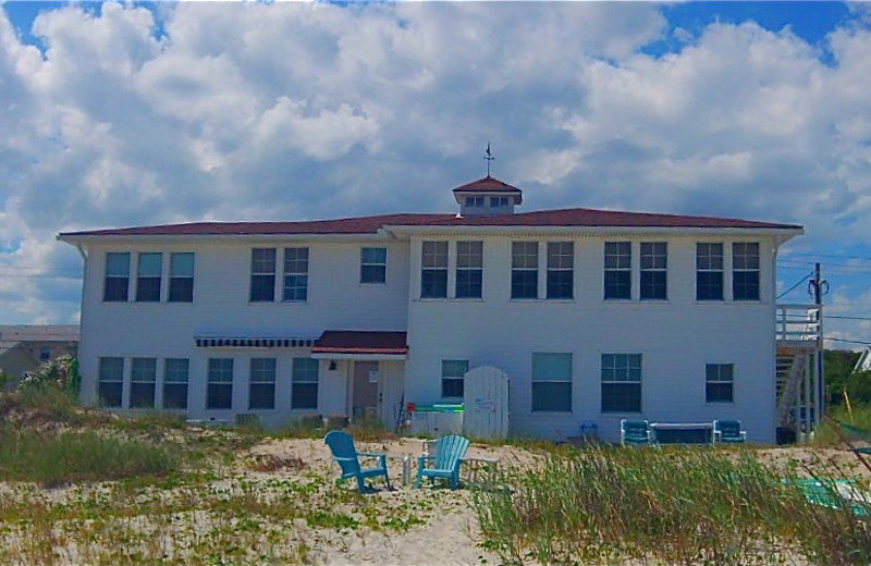 Exterior View of Amelia Oceanfront Bed & Breakfast