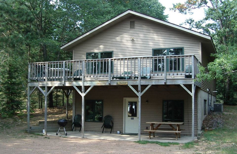 Cabin exterior view of Idle Hours Resort.