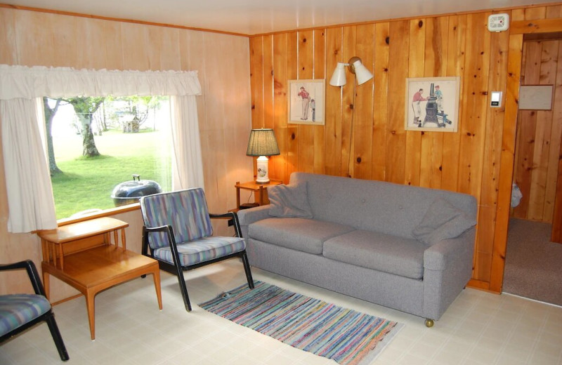 Cottage living room at Fisher's Lakeside Cottages.