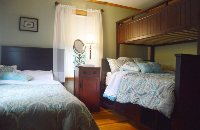 Guest room at Inn At Willow Pond.
