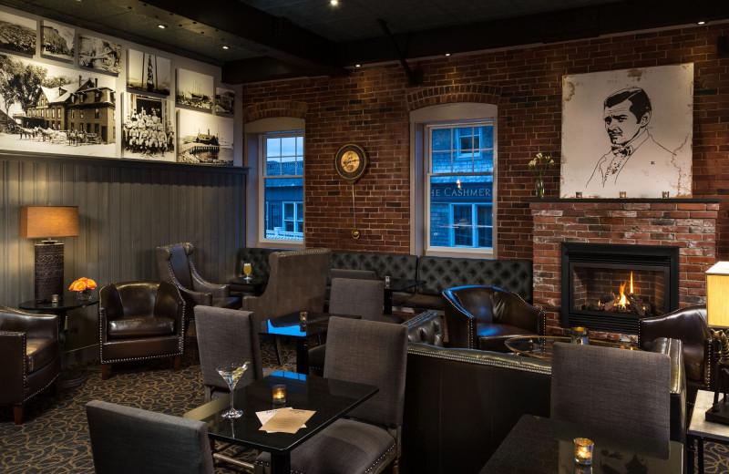 Lounge at 16 Bay View.
