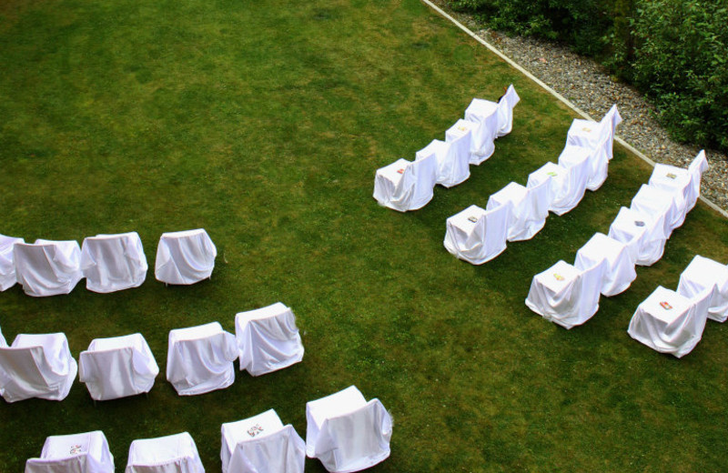 Weddings at Cahilty Lodge.