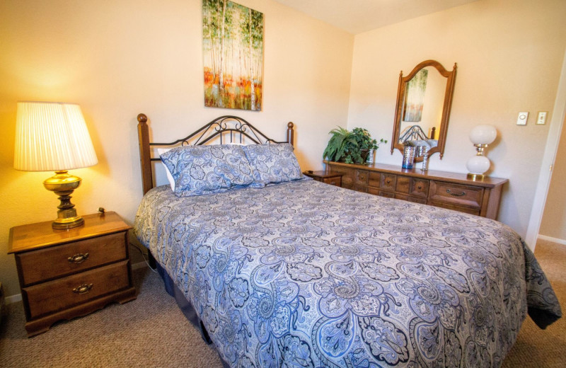 Rental bedroom at Reservations Unlimited.