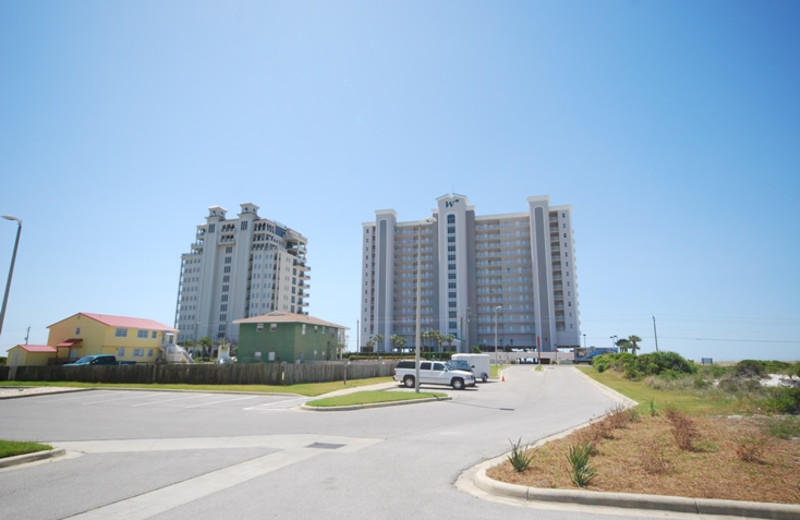 Exterior view of Windemere Perdido Key.