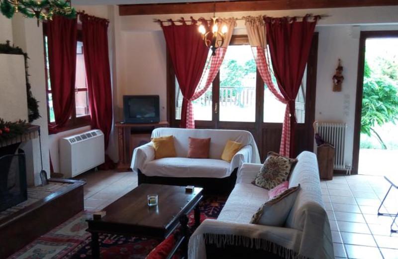 Living room at Arachova Houses.