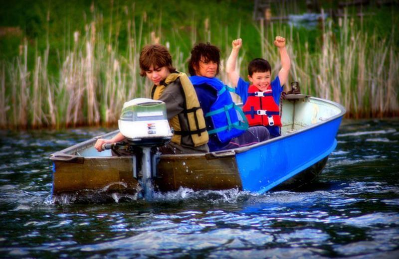 Boat rides at Shady Hollow Resort.