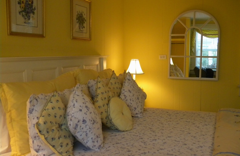 Summer's Dream room at The Garden Walk Bed & Breakfast Inn.