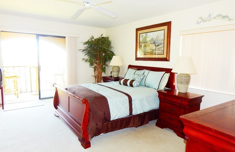Rental bedroom at Family Sun Vacation Rentals.