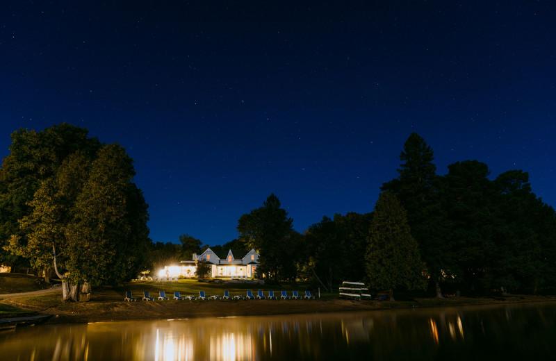 Night view at Port Cunnington Lodge & Resort.