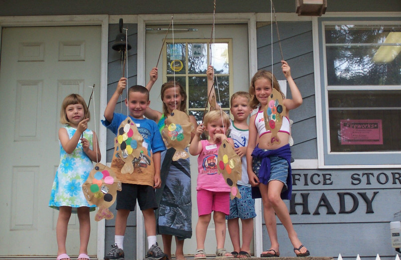 Crafts at Shady Hollow Resort and Campground.